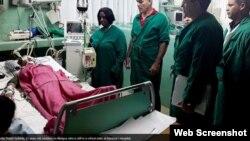Surelys Durán Guilarte, internada en la Sala de Terapia Intensiva del Hospital de Baracoa. Foto La Voz del Toa.