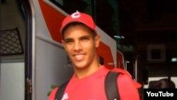 El pitcher pinero Héctor Mendoza durante su participación en el Mundial Juvenil de Taiwán 2009