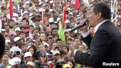 Rafael Correa es el favorito, dicen las encuestas