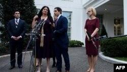 Sirley Ávila León en la Casa Blanca delpues de reunirse con el presidente Donald Trump