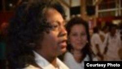 Participan Damas de blanco en misa por el día de la virgen de las Mercedes