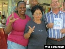A la izquierda, la opositora Ruth Margarita Laborde Chamblin. (Foto: Archivo)