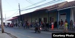 Colas en TRD Manicaragua Foto cortesía de Osmel Rodríguez Abril 21