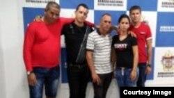 Los cinco cubanos detenidos por la Armada colombiana. Foto: Tomada del sitio en internet de la Armada.