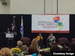 Conferencia Democracia en América 2014