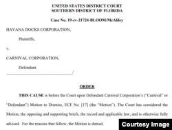 El fallo de la jueza Beth Bloom rechaza la solicitud de Carnival de desestimar la demanda de Havana Docks Corporation.