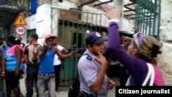Reporta Cuba. Protesta en la Habana Vieja, 3 de febrero. Foto: Lázaro Yuri Valle.