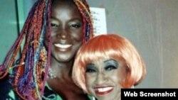 Lucrecia junto a Celia Cruz, con quien sostuvo una profunda amistad.
