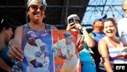 Los profesionales de MLB dan clases a niños cubanos