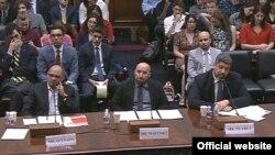 Carlos Quesada, Carlos Martínez de la Serna y John Suárez fueron los invitados a la audiencia de un panel de la Cámara sobre derechos humanos en Cuba.