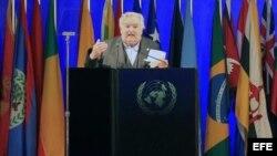 Fotografía de archivo del presidente de Uruguay, José Mujica, en la Conferencia de la ONU sobre Desarrollo Sostenible Río en el centro de convenciones Riocentro de la ciudad de Río de Janeiro (Brasil). EFE/Marcelo Sayão