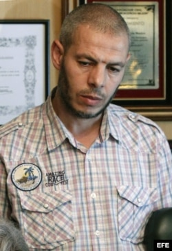 Lachen Ikassrien, expreso de Guantánamo que es el principal líder de la célula desmantelada por la Policía Nacional Española.