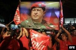 El oficialista Sánchez Cerén se proclama ganador de elecciones en El Salvador.