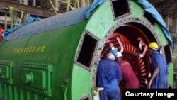 Obreros de la termoeléctrica del Mariel