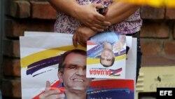 Seguidores del candidato a la presidencia de Colombia por el partido Centro Democrático, Oscar Iván Zuluaga.