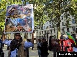 Exiliados etíopes protestan en Londres por las muertes de manifestantes.