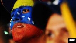 Rebosantes de energía, los reñidos comicios venezolanos podrían decidir mucho más que el destino de ese país.