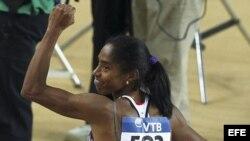Yamilé Aldama, medalla de oro en triple salto en el campeonato mundial de Estambul.
