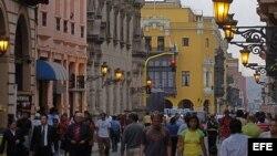 Imagen de una calle del casco antiguo de la antigua capital del Virreinato del Perú, Lima.