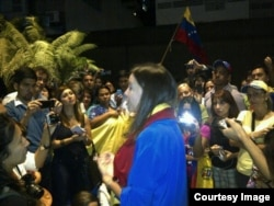 Maria Corina con los venezolanos residentes en Brasil