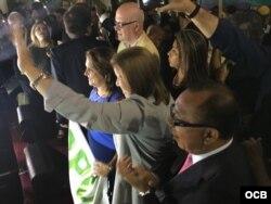 La candidata presidencial peruana Lourdes Flores en el acto