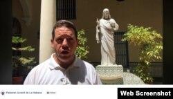 """""""Recibimos la comunicación de la Oficina de Asuntos Religiosos del Consejo de Estado"""", dice el Padre Jorge Luis Pérez en un video en la cuenta de la Pastoral Juvenil de La Habana en Facebook."""