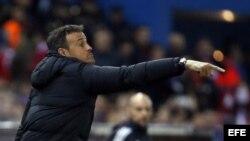 El entrenador del FC Barcelona, Luis Enrique, durante el partido frente al Atlético de Madrid.