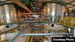 Vista del complejo de producción de etanol y azúcar Biocom, construido por Odebrecht en Angola.