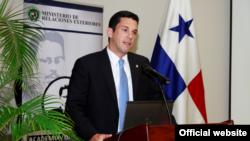 El vicecanciller panameño Luis Miguel Hincapié cree que Obama y Castro asistirán a la Cumbre de las Américas 2015.