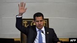 Juan Guaidó, presidente interino de Venezuela, durante una sesión de la Asamblea Nacional