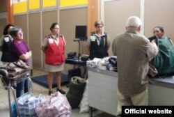 En julio de 2012 la aduana de Cuba subió los aranceles de los artículos llevados por los viajeros.