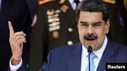 El gobernante venezolano Nicolás Maduro, durante una conferencia de prensa en el Palacio de Miraflores, en Caracas, el 12 de marzo del 2020.