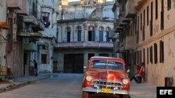 """Los turistas prefieren las áreas de La Habana Vieja y Centro Habana por la """"magia """" del lugar que promociona el gobierno."""