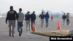 Chile expulsa a 50 extranjeros de su territorio, entre ellos a 30 cubanos.