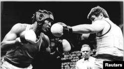 Stevenson en combate con Olaf Walther