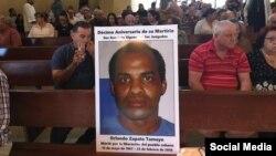Homenaje a Orlando Zapata Tamayo en la Ermita de la Caridad.