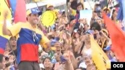 Capriles Rodonski cierra campaña en Caracas con marcha multitudinaria