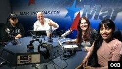 1800 Online con la cantante colombo-americana de bachata urbana, Vanessa Ayala.