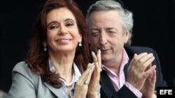 Las denuncias de corrupción que involucran al matrimonio Kirchner han ido sumándose en Argentina.