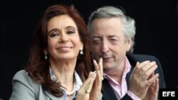 Las denuncias de corrupción que involucran al matrimonio Kirchner han ido creciendo en Argentina. Foto Archivo
