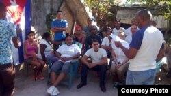 Activistas de la Unión Patriótica de Cuba (UNPACU) reunidos el jueves 5 de enero.
