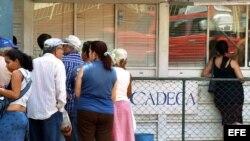 Casa de Cambio en Cuba (CADECA).