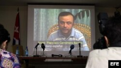 El articulista señala que es inaceptable que Carromero no haya quedado en libertad hasta el momento del juicio.