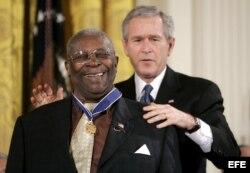 George W. Bush confirió en 2006 la Medalla de la Libertad a B.B. King.