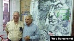 Boix en su taller en Madrid con el escritor Mario Vargas Llosa en 2011. Foto de su blog personal.