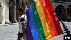 Fundación por los derechos de LGBTI crea línea de ayuda