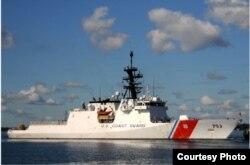 Guardia Costera continúa repatriando a cubanos interceptados en el mar.