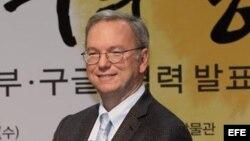 Foto de archivo del director ejecutivo de Google, Eric Schmidt, en Seúl (Corea del Sur).