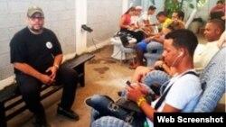 Informáticos cubanos rechazan declaraciones de funcionario sobre Internet