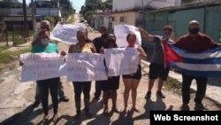 Miembros del Movimiento Coronel Vicente Méndez durante protesta realizada el 27 de septiembre
